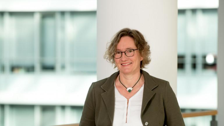 Dr. Claudia Meckel